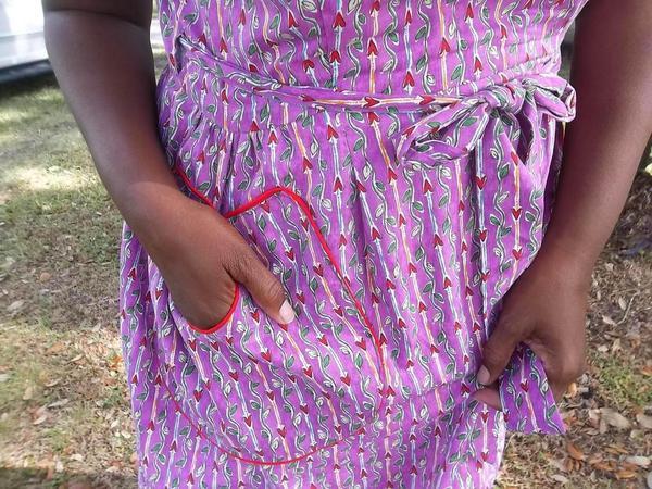 Swirl_Dress_Pocket_Detail