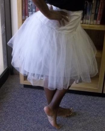 petticoat_side