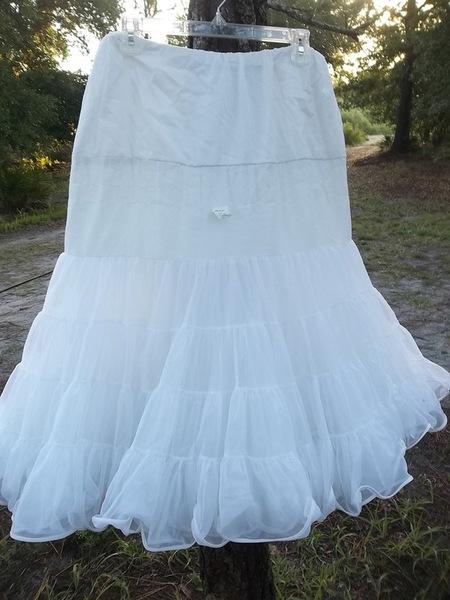 Malco Modes Petticoat