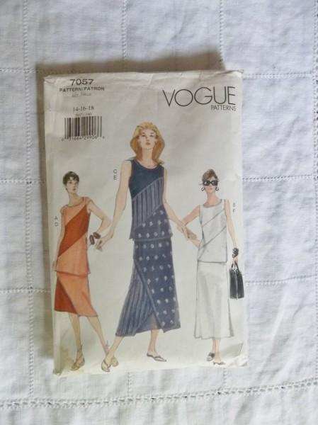 Vogue 7057