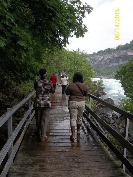 Walk Along NIagara River