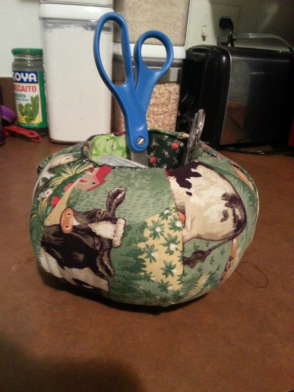 Daphanie's Hexie Pincushion