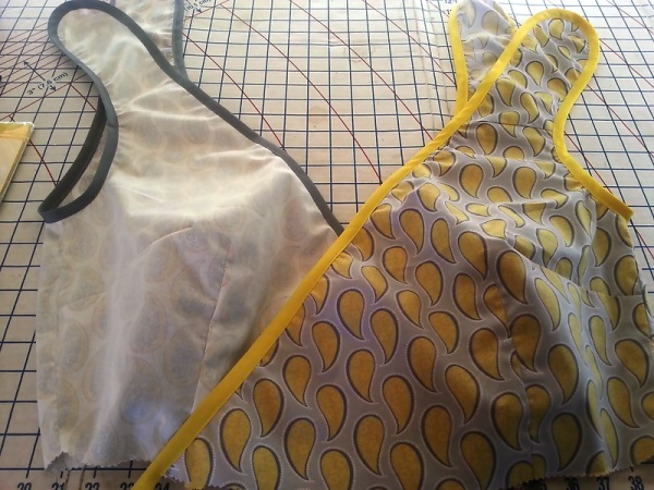 50s wrap sun dress Bodice Done