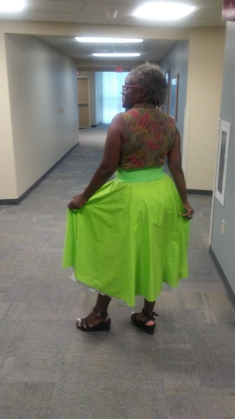 green-circle-skirt-rear